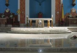 祭壇:キャンドルセレモニー