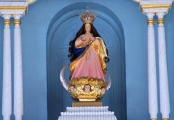 聖母カマリン像
